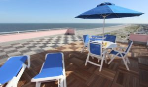 rent porthouse with large deck